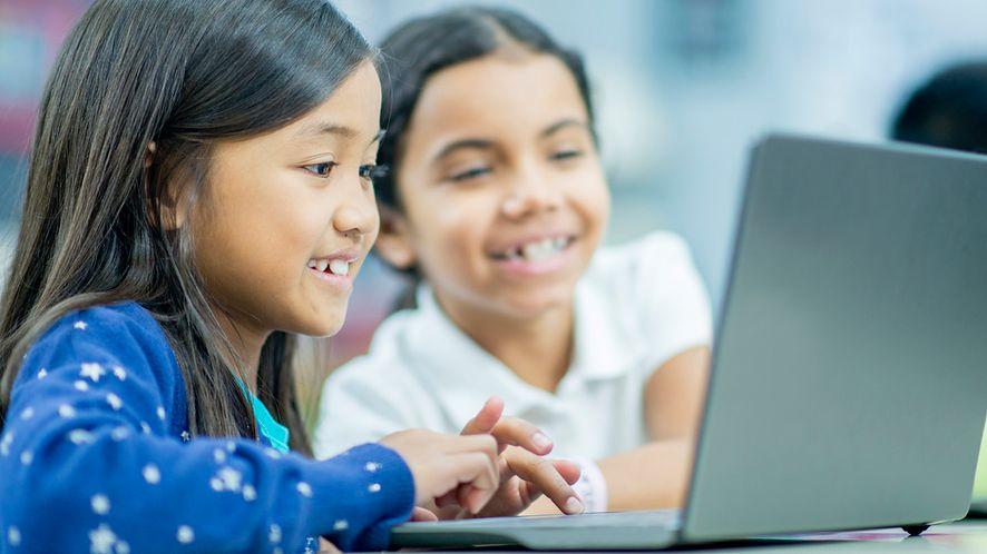 Intel widzi nowe układy w tanich komputerach edukacyjnych, fot. Materiały prasowe