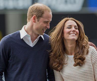 Wielkanoc 2020. Świąteczne życzenia od Kate i Williama. Uwagę zwraca hashtag, którego użyli