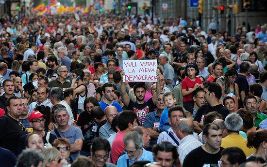 Tysiące osób protestują przeciwko reformie konstytucji