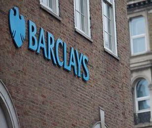 """""""FT"""": bank Barclays zamknie jedną czwartą placówek"""