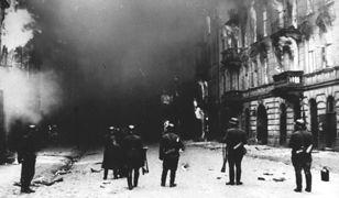 """""""Chodziło o to, żeby się nie dać zarżnąć, kiedy po nas przyszli"""". Walka i opór polskich Żydów"""