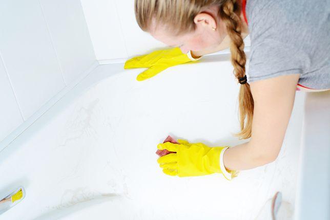 Odpowiednio czyszczony akryl gwarantuje wysoki poziom higieny, łatwość pielęgnacji oraz estetyczny wygląd łazienkowych sprzętów przez wiele lat.