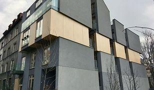 """Sąsiedzkie balkony. """"Byłem na miejscu, słynny budynek w Krakowie nie zasłużył na hejt"""""""