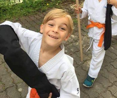 7-letni Aleksander prawdopodobnie od ponad roku nie chodzi do szkoły