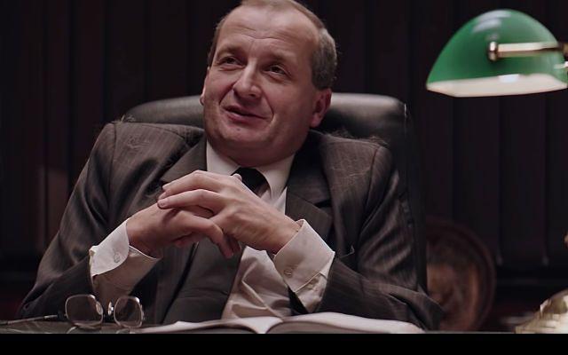 """FAZ o """"Uchu Prezesa"""": Kaczyński jak Król Słońce"""