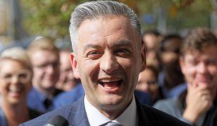 Robert Biedroń składa życzenia politykom