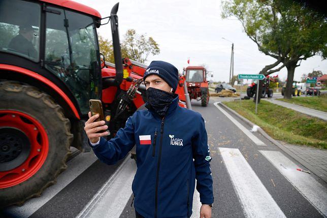Protest rolników. Najazd traktorów na Warszawę. Na zdj.: Michał Kołodziejczak podczas październikowych protestów