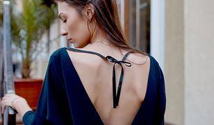 Granatowe suknie wieczorowe są jednymi z najbardziej klasycznych
