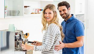 Kawa to dla wielu osób jeden z powodów, by rano wstać