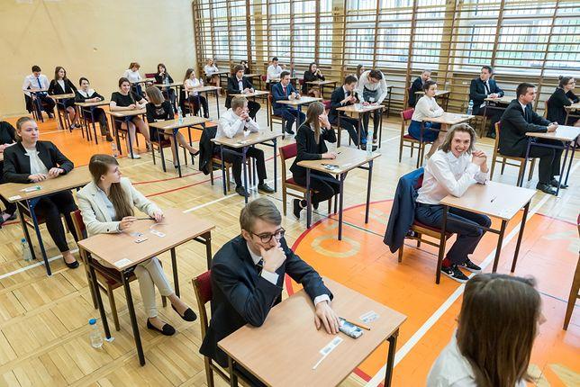 Matura 2020 i egzamin ósmoklasisty 2020 przełożone na inny termin