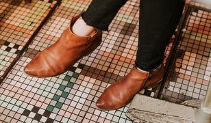 Brązowe buty to must have każdej jesieni