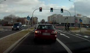 Niebezpieczny przejazd na rowerach