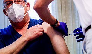 """Szczepionka na COVID-19 Johnson&Johnson. """"Wynalazek naukowców z Holandii"""""""