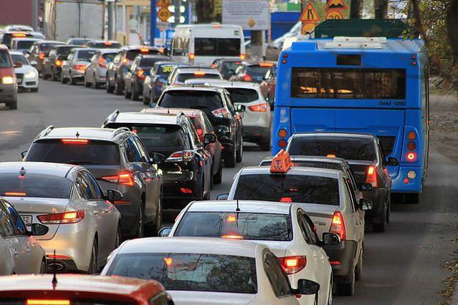 Poniedziałkowy wypadek na A4 okazał się tragiczny, nie żyje jedna osoba