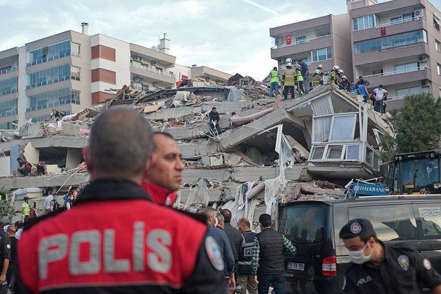 Turcja. Silne trzęsienie ziemi. Nie żyje 17 osób