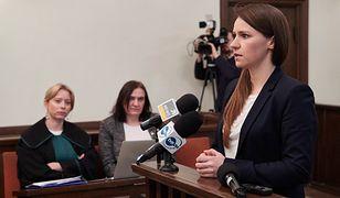Sąd okręgowy orzekł, że radna znieważyła posłankę