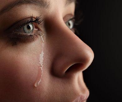 Płacz to nie tylko piękniejsze oczy, ale i zmniejszony poziom stresu.