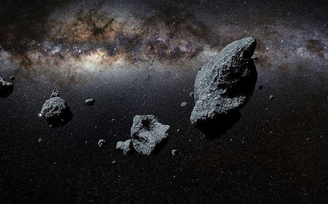 Asteroida Ka'epaoka'awela była jedną z pierwszych przechwyconych przez Słońce, ale nie jedyną