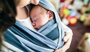 Adopcja embrionów to jedna z metod pozwalających kobietom urodzić dziecko.