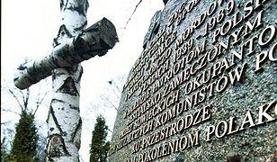 Cmentarz Bródnowski. Będą szukać ciał pod pomnikiem