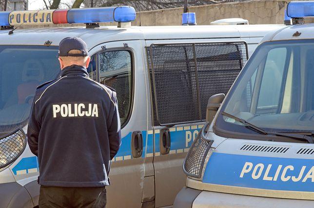 Duchowni powiadomili o zajściu organy ścigania, a nastolatek spędził noc w areszcie.