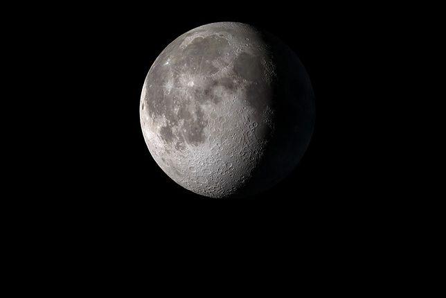 Podczas pełni Księżyca spada poziom melatoniny w organizmie