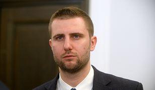 """TVP Info rusza z programem """"Kasta"""". Prowadzącym Miłosz Kłeczek"""