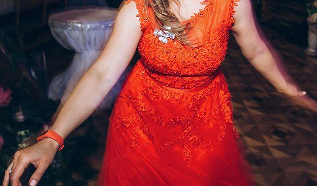 Awantura na weselu. Krótka sukienka pokazała zbyt wiele