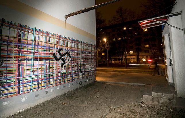 Kolejna swastyka w Białymstoku. Policja szuka sprawcy