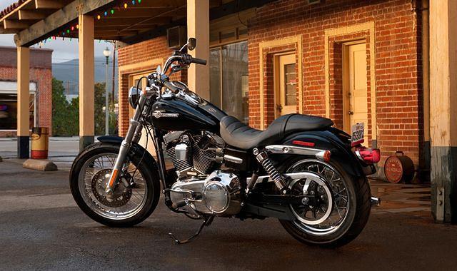 Papieski Harley-Davidson na aukcji w Paryżu
