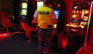 Katowice. Uderzenie w mafię hazardową. Wpadli nieuczciwi celnicy