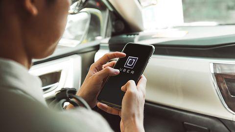 Uber bije rekordy popularności w Polsce. Tradycyjne taksówki zmierzają do lamusa?