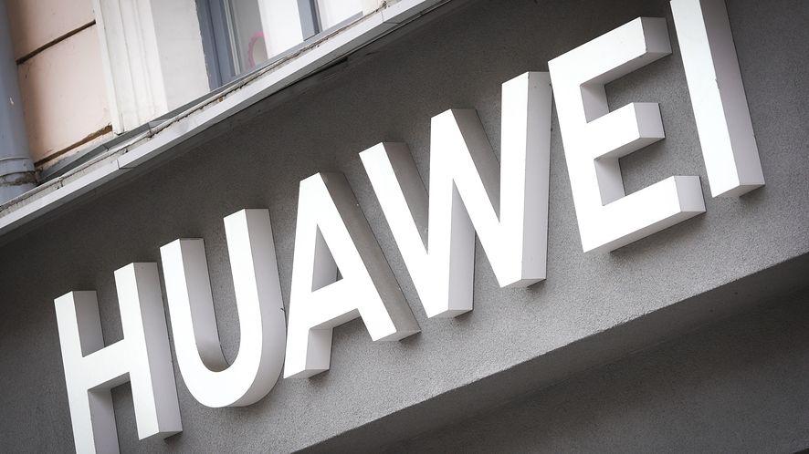 Google ostrzega właścicieli smartfonów Huawei /fot. Jaap Arriens/Sipa USA/East News