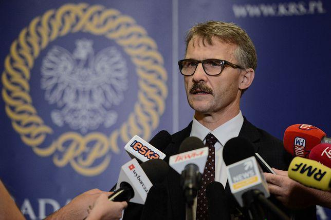 """Janik: """"Dobra zmiana w sądownictwie nie odpuszcza. Bruksela też nie"""" (Opinia)"""