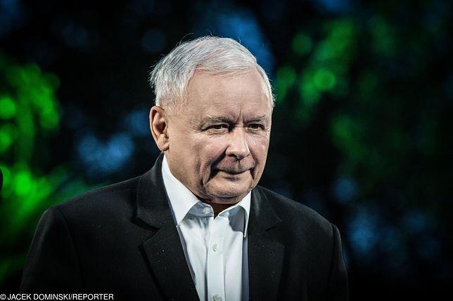 """Szczęśniak: Jarosław Kaczyński podsycił kampanię przeciwko LGBT. Czy teraz dał zgodę na hasło """"aborcja eugeniczna""""? (Opinia)"""