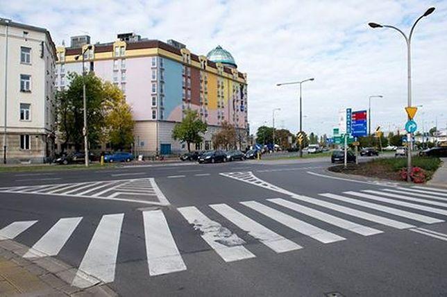 Drogowcy przebudują skrzyżowanie Raszyńskiej i Koszykowej. Znikną korki?