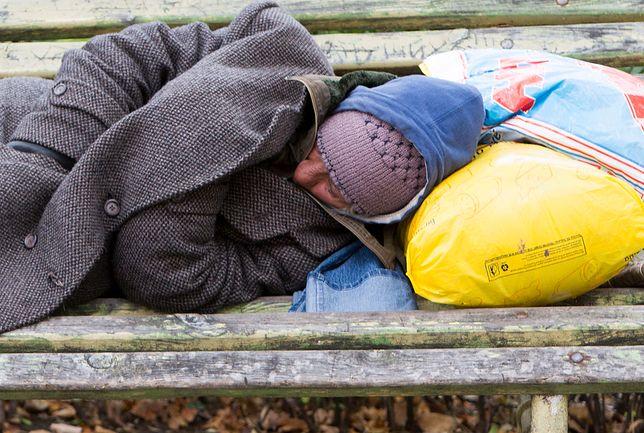Bezdomnego nie udało się uratować, spłonął żywcem