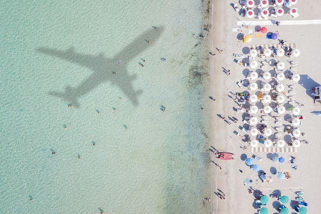Loty na wakacyjnych trasach wystartują później niż zwykle