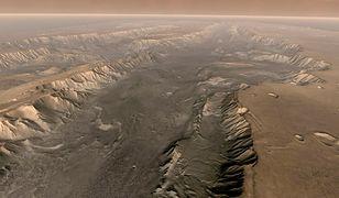 Mars. Valles Marineris - kanion na Marsie
