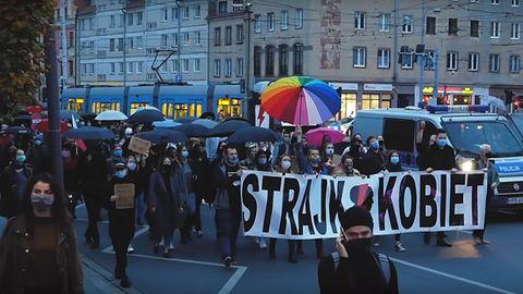 Strajk kobiet okazją dla oszustów? CERT Polska ostrzega przed nową kampanią