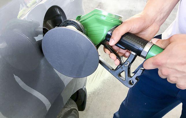Wybór markowej stacji paliw w 2018 r. nie zawsze oznaczał, że paliwo spełniało wszystkie normy