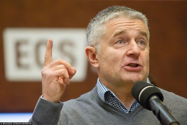"""Dominik Tarczyński nagrał Adama Michnika. Frasyniuk ostrzega: """"Immunitet niewiele mu pomoże"""""""