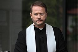 """Artur Żmijewski jako """"Ojciec Mateusz"""" zarabiał krocie. Wiadomo, co dalej z jego bohaterem"""