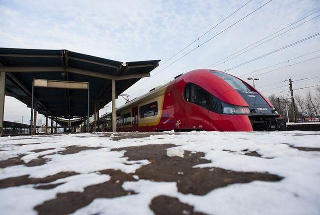 Lód zatrzymał pociągi i tramwaje