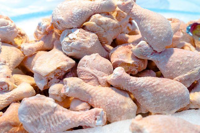 Żywność w Niemczech. Zarazki odporne na antybiotyki w co drugim kurczaku