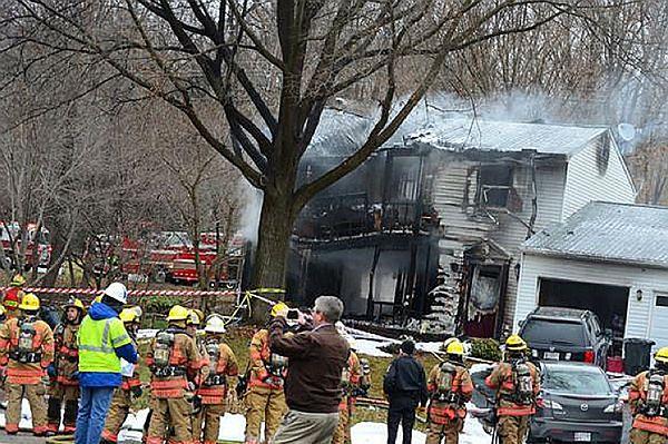 W USA samolot uderzył w dom, nie żyje sześć osób