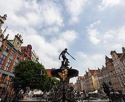 """Gdańsk tonie w turystach. """"Wszystkie pokoje wyprzedane"""""""