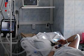 Koronawirus w Polsce. Nowe przypadki i ofiary śmiertelne. MZ podaje dane (17 października)