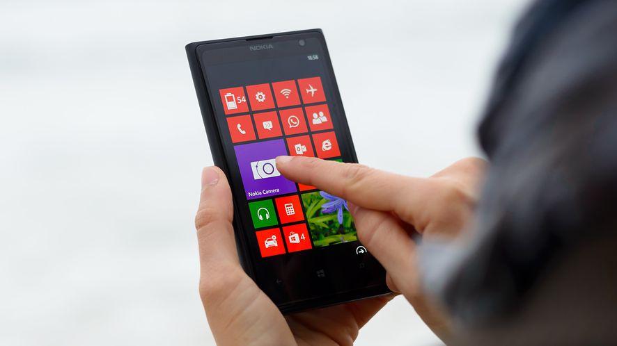 Nokia Lumia 1020 – jeden z najlepszych smartfonów z Windowsem 10 Mobile (depositphotos)