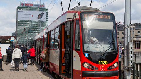 Wkrótce bilet na autobus czy tramwaj kupisz w Google Maps. Funkcja rusza już w Polsce
